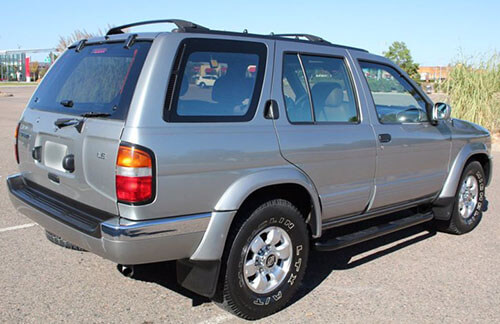 Nissan Pathfinder Rear