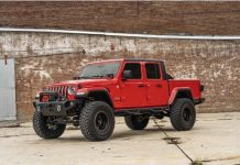 Jeep Gladiator with 6 lift kit